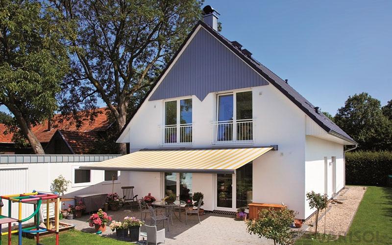 Fenster-Tuerenwerk-Schroeder-Kastenmarkise-1